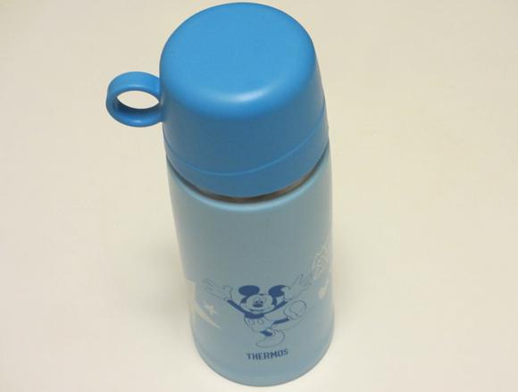 子供の水筒にTHERMOSの真空断熱2WAYボトル