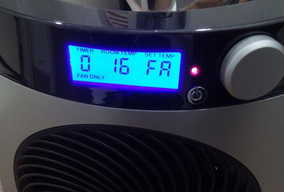 VORNADO ファンヒーター iControl-JPのフロントの電源ボタン