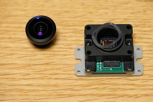 ラズベリーパイカメラ 広角VR220カメラのレンズを外す